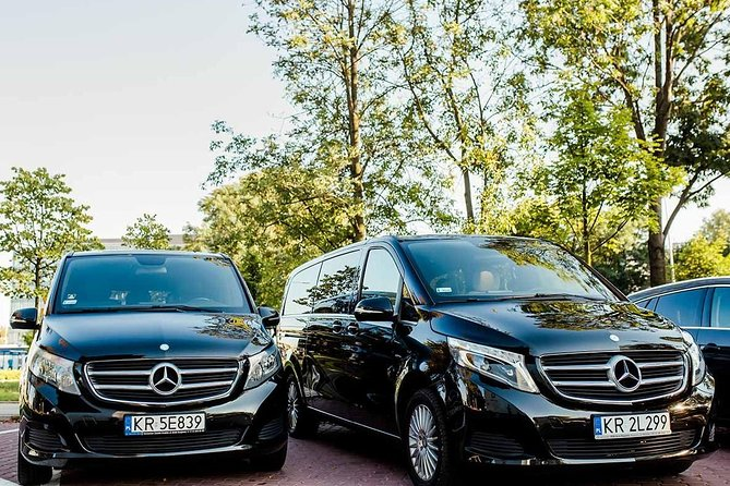 Private Wroclaw airport transfer up 7 people