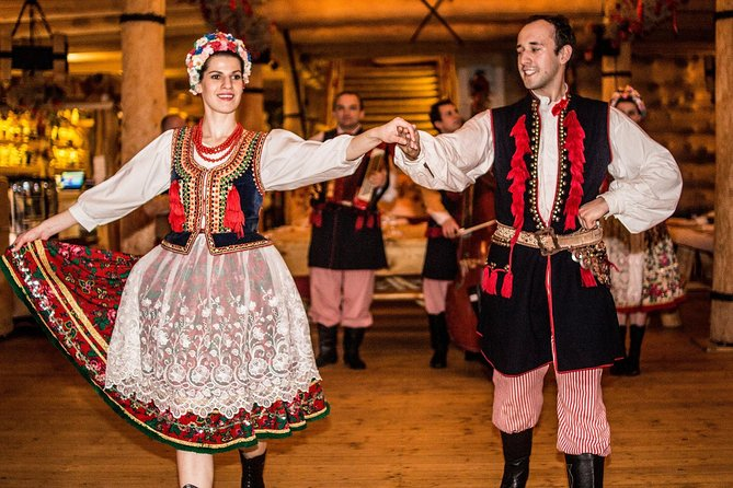Krakow: Traditional Polish Folk Show with Private Transport