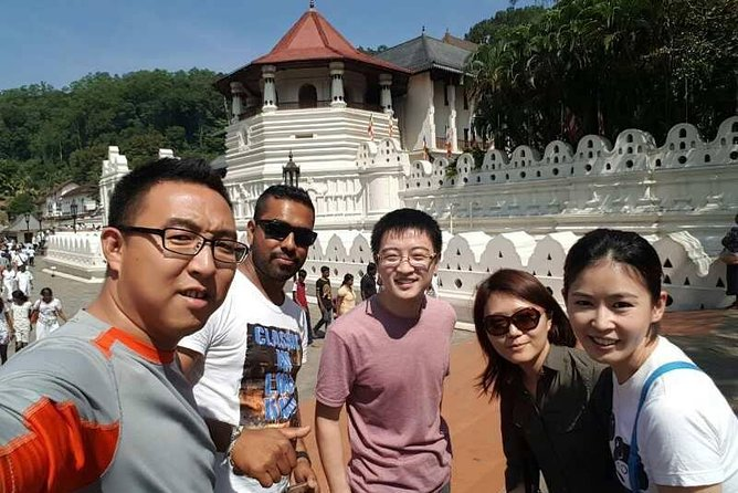 Kandy City Tour con Mahaweli