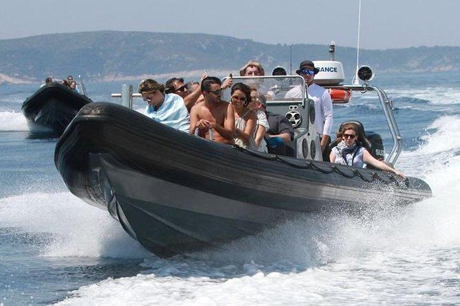 Sea Safari Tour mit Blue Cave und Hvar besuchen - Ganztagesausflug von Split mit RIB
