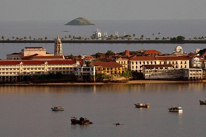 Colonial Quarter and Panama La Vieja Tour with Lunch by Rainforest Adventures