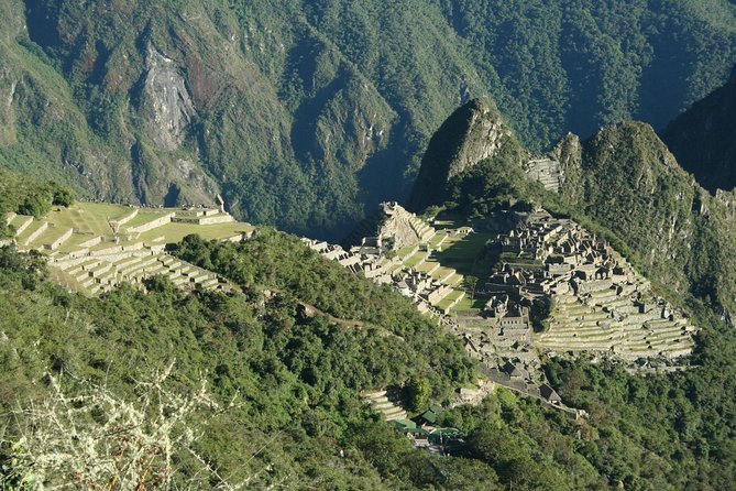 Private Cusco: Full-Day Machu Picchu Tour by Train and Bus from Cusco