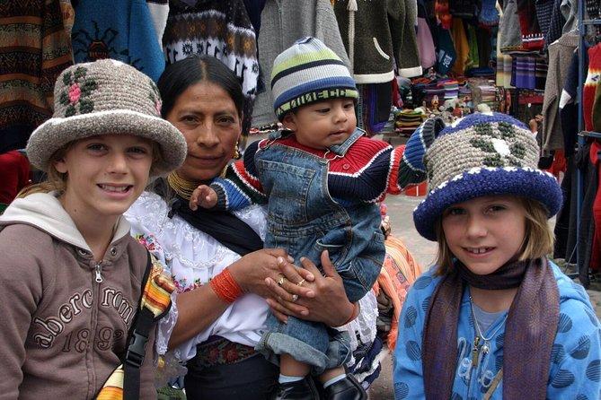 Escapada de un día a Otavalo desde Quito: Mercado de artesanía y el Parque Cóndor