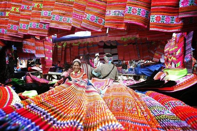 Amazing Bac Ha Market Sunday tour