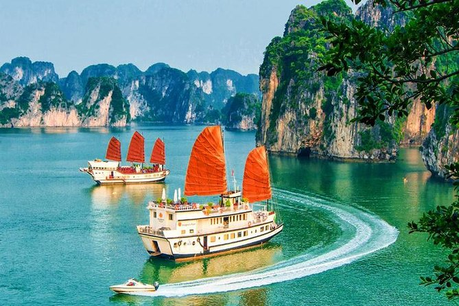 Divine Pilgrimage 5 days 4 nights Hanoi and Halong and Ninh Binh
