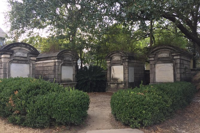 Secret Garden in Lafayette Cemetery