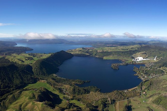 15-Minute Crater Lakes Flight by Helicopter from Rotorua