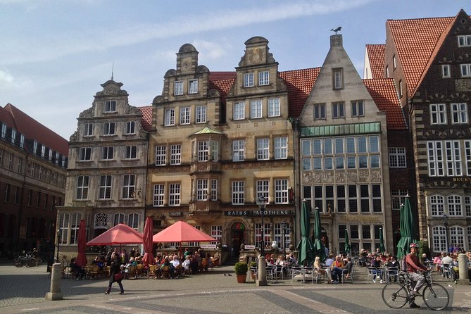Marketplace and Dom Tour