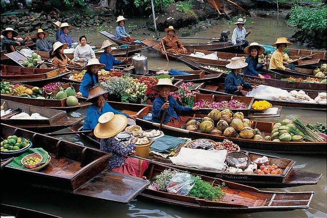 Join Tour to Damnoen Saduak Floating Market, Coconut Farm and Wat Bang Kung
