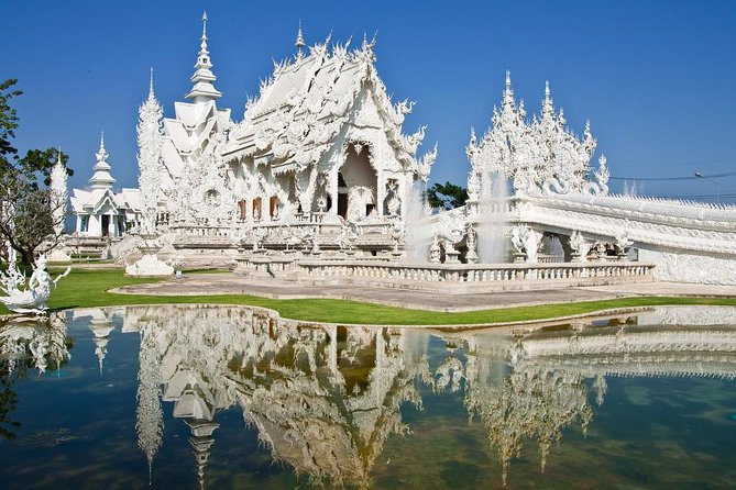 Private tour to Chiang Rai and Longnecks (from Chiang Mai)