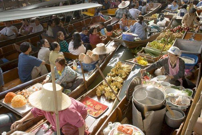 Private Damnoen Saduak Floating Market and Train Market Tour