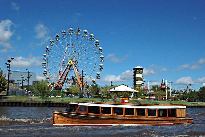 Tigre Tour with Riverfront Lunch