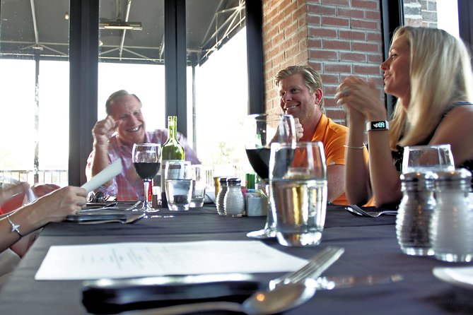 4-Hour Small-Group Branson Food and Wine Tour by Coach