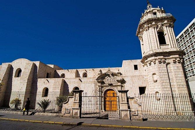 Privat tur: Colonial Arequipa Inklusive Recoleta Convent og Casa del Moral