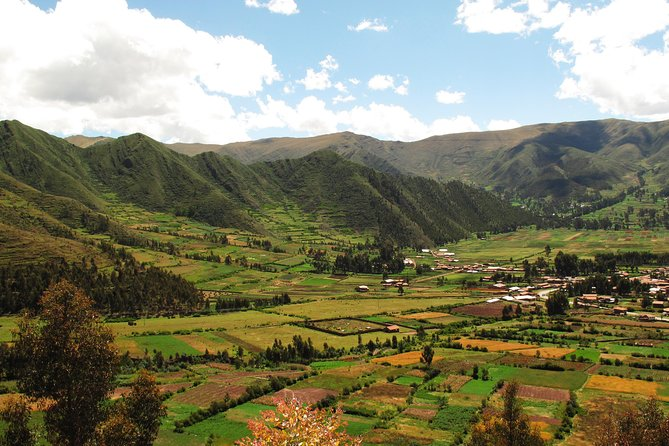 One-Way Transfer from Sacred Valley Hotels to Ollantaytambo Train Station