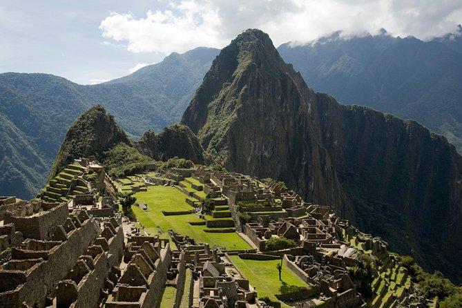 8-Days Machu Picchu and Lake Titicaca from Lima