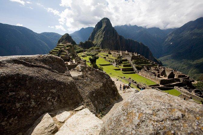 8-Day Peru: Sacred Valley, Machu Picchu & Titikaka Lake