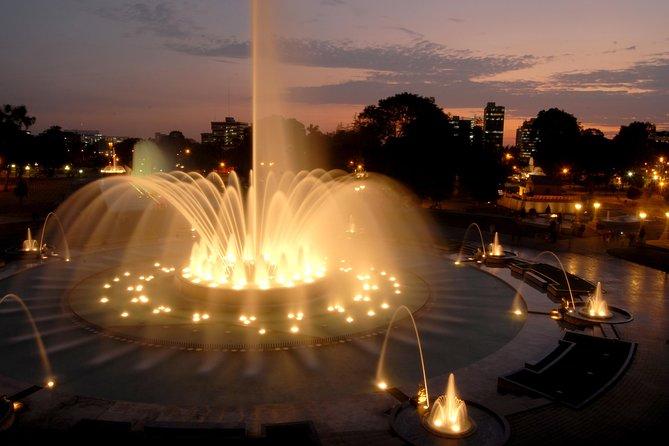 Lima bei Nacht und Magic Water Circuit Tour