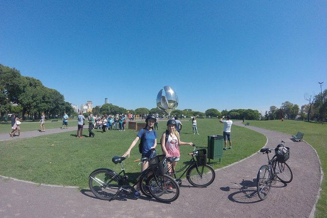 Full-Day Bike Tour around Buenos Aires with Lunch