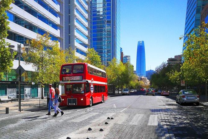 Excursão em ônibus panorâmico por Santiago