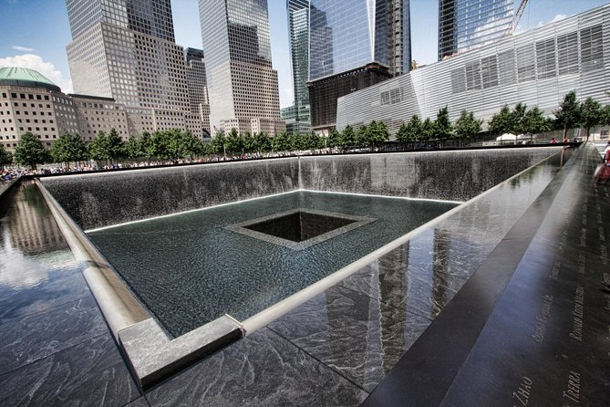 9/11 Memorial & Ground Zero Tour with Optional Skip-the-Line 9/11 Museum Ticket