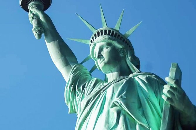 Private Statue of Liberty & Ellis Island Tour w/Pedestal Entry