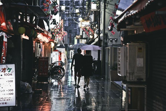 Osaka - Kansai Soul Private Evening Tour Including Japanese snacks