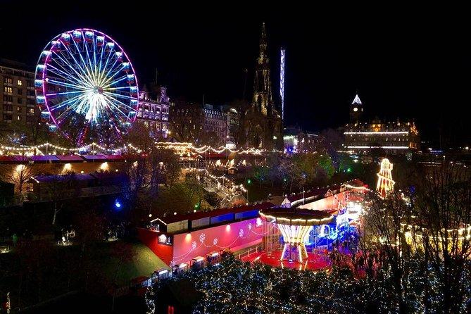 Edinburgh's Christmas Lights and festive Black Taxi Tour