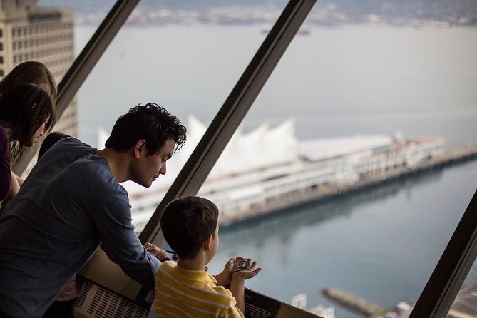 Vancouver City Tour with Vancouver Lookout Admission