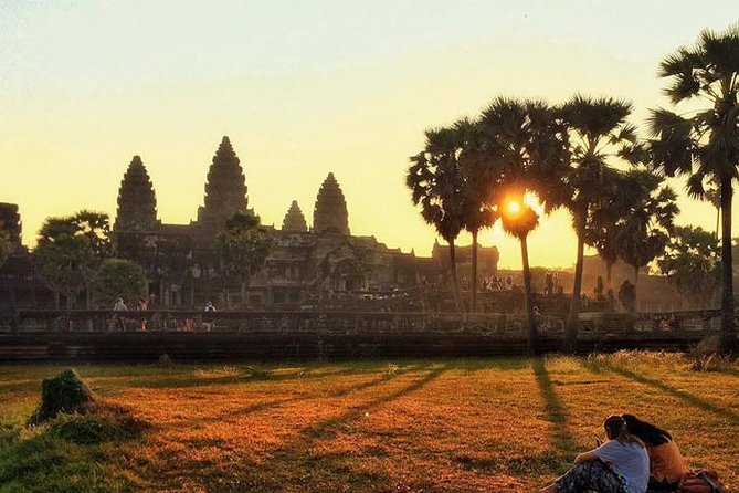 Angkor Wat Sunrise with a Private Guide