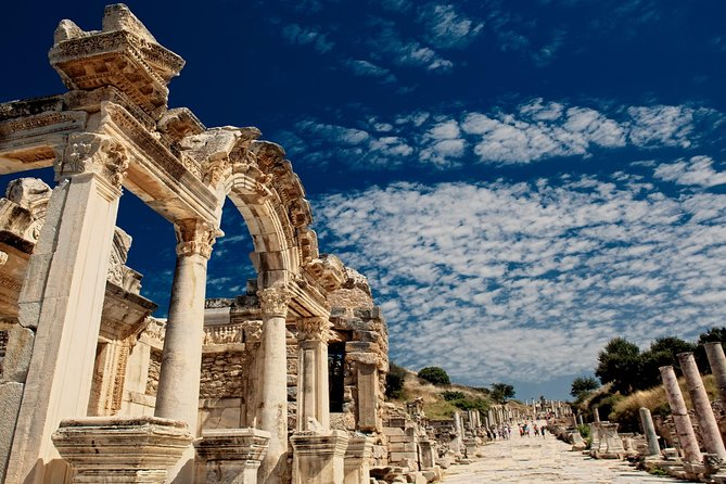 2 Days Ephesus & Pamukkale with Balloon Ride From Istanbul