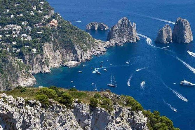 Capri ida y vuelta desde Nápoles