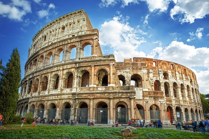 Skip-the-Line Colosseum Express small group Guided Tour & Entry to Roman Forum