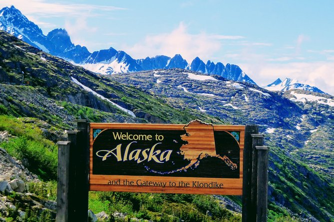 Skagway Shore Excursion: White Pass Summit and Skagway City Tour