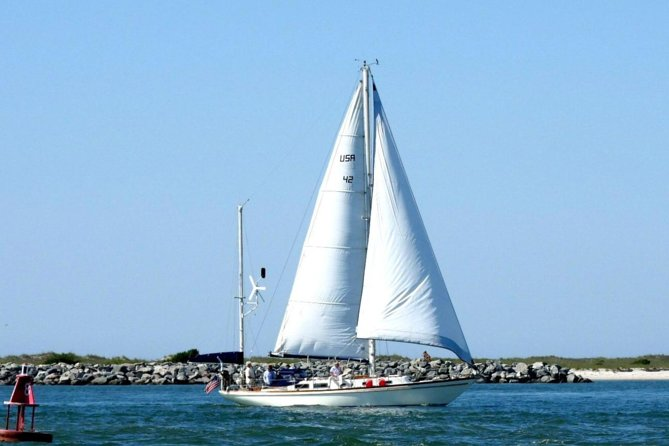 Coastal Sailing Adventure in Wrightsville Beach