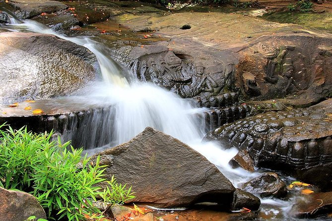 Kbal Spean and Banteay Srei Temple - Private full day with transport
