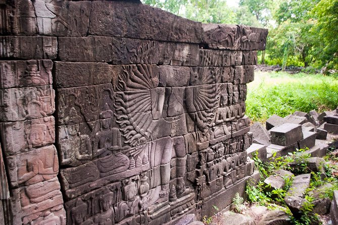 Full-Day Private Banteay Chhmar Tour with Guide and Transport