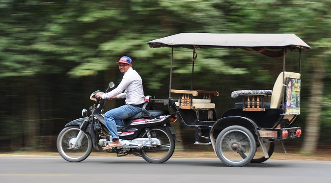 Tuk Tuk Angkor Wat full day tour