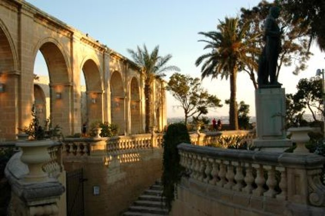 Malta Shore Excursion: Private Tour of Historic Palaces and Noble Homes