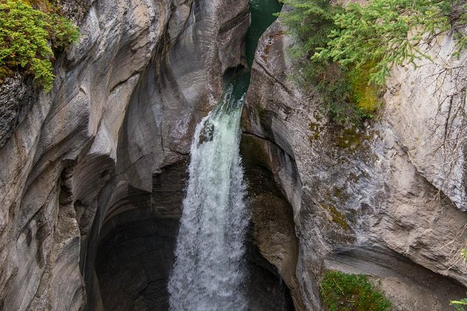 Les cascades du canyon Maligne*