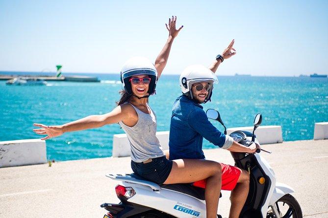 Excursão independente e aluguel de scooter em Ibiza
