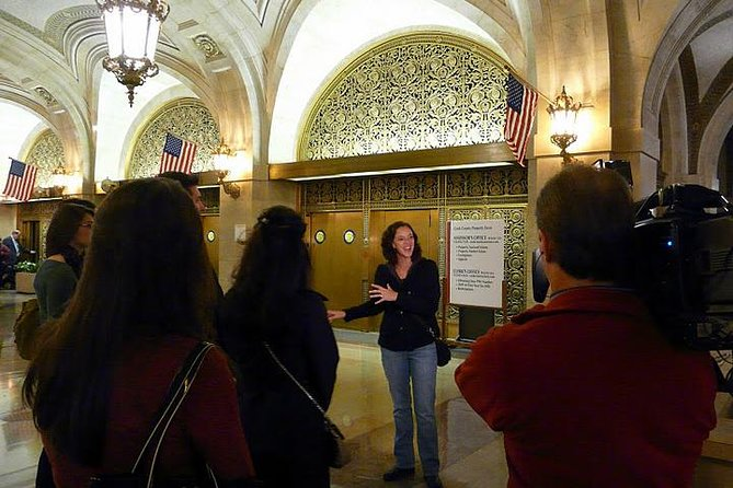 Discover Chicago's Underground City - all indoor walking tour photo 1