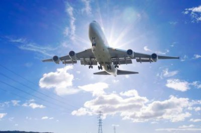 Private Arrival Transfer: Heraklion Airport or Port to Crete Hotels