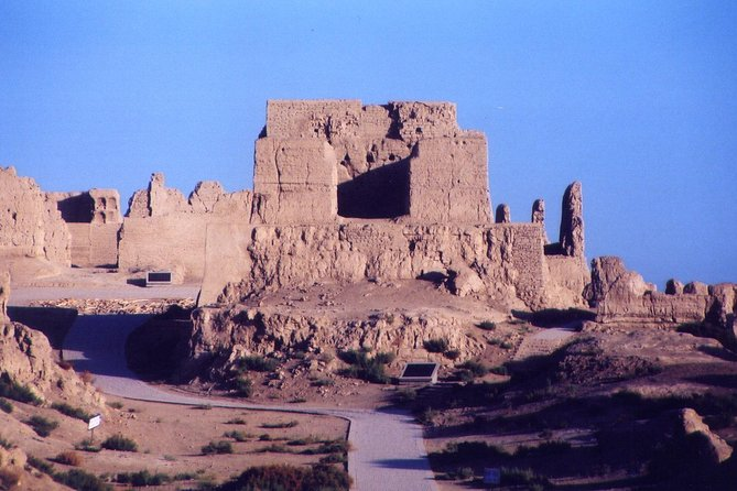 5-Night Silk Road Tour from Urumqi to Dunhuang