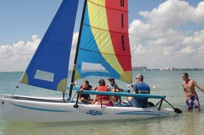 Clase de navegación en catamarán o alquiler de barco en la Bahía de Biscayne