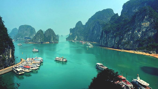 Halong Bay Private car and boat full day