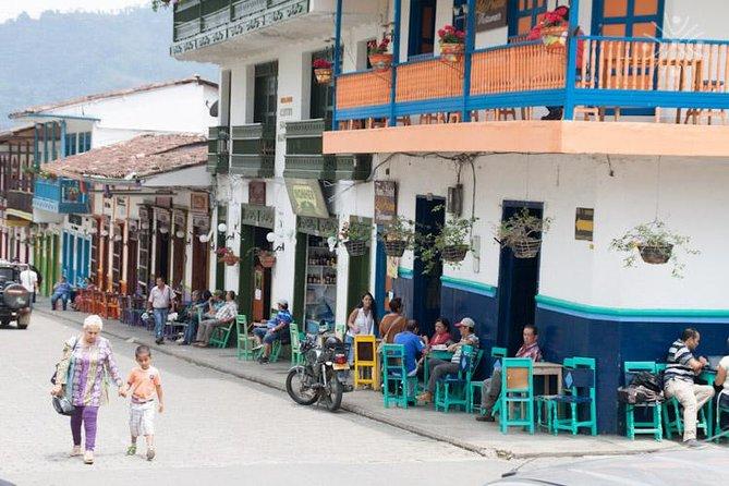 Transport Medellín to Jardín