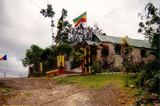 Private Tour Ocho Rios or Runaway Bay To 9 Mile Bob Marley Birth & Resting Place
