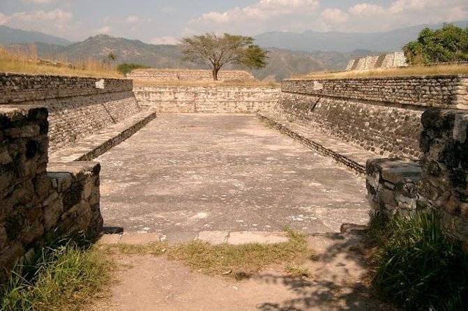 Mixco Viejo Day Trip from Guatemala City photo 4