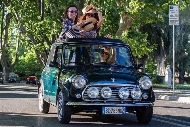Ancient Tour of Rome by Mini Vintage Car with Aperitive